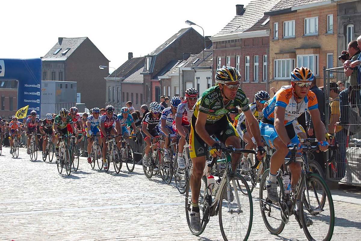Jezuiëtenplein 21 - Ronde van Vlaanderen
